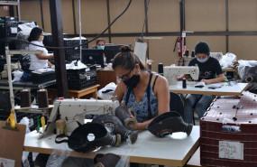 ep archivo - una fabrica de jiutepec en el estado sureno de morelos en la que se fabrica de manera