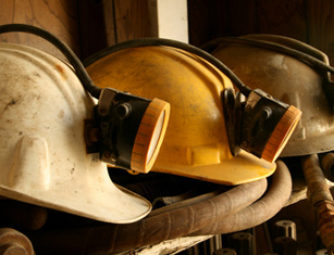 Mining helmets 285