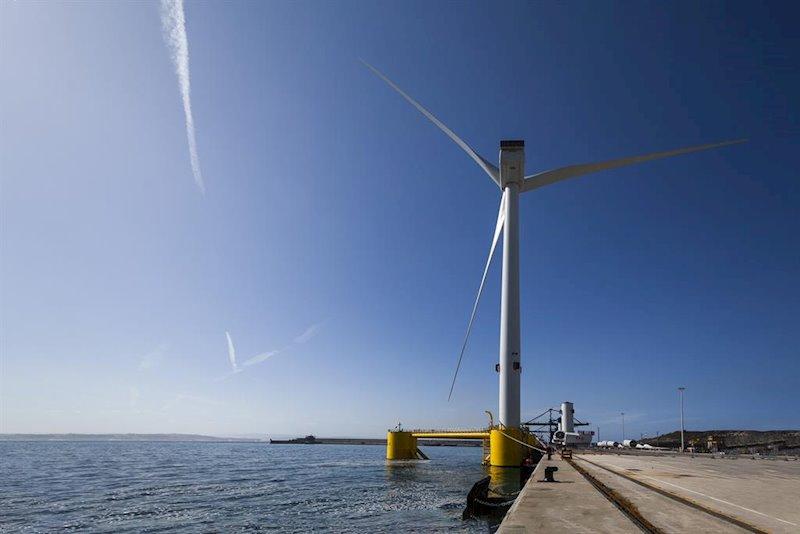 ep proyecto windfloat atlantic participado por repsol en el puerto de ferrol