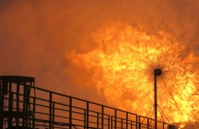 Oil & gas rig flaring, energy, drilling