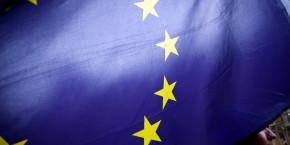 union-europeenne-europe-drapeau-europeen