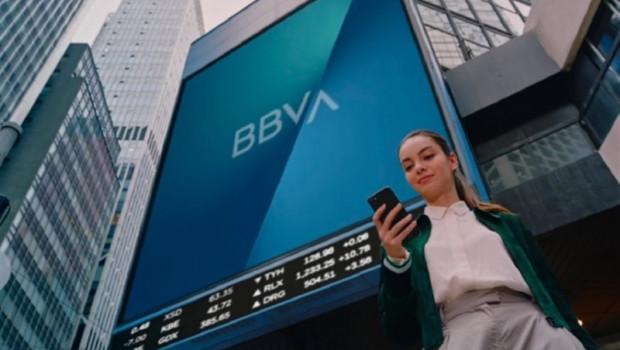 ep economiafinanzas- carlos torres destacacompromisobbvalas empresas familiassociedadmexico