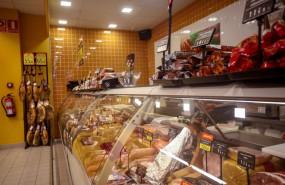 ep archivo - seccion de charcuteria de un supermercado de madrid