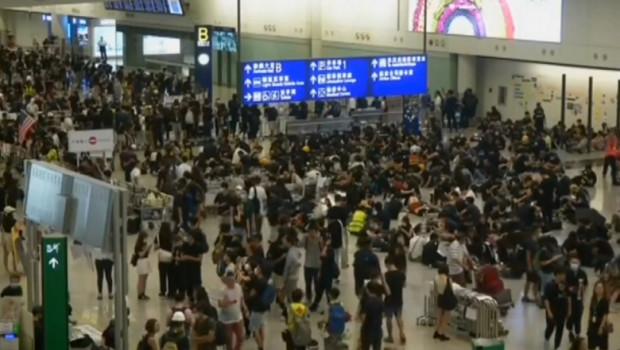 hong kong protesta aeropuerto