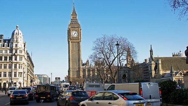 london 01 2013 traffic jam 5601