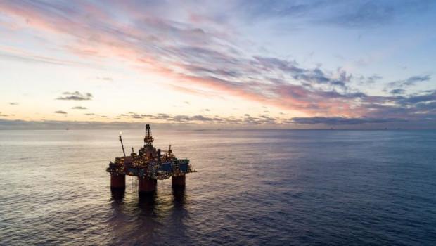 ep archivo   equinors storre plataforma petrolera en el mar de noruega con otras plataformas