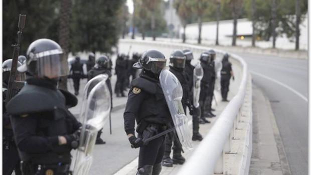 ep unidades de la guardia civil desplegados en cataluna ante la convocatoria de huelga por la