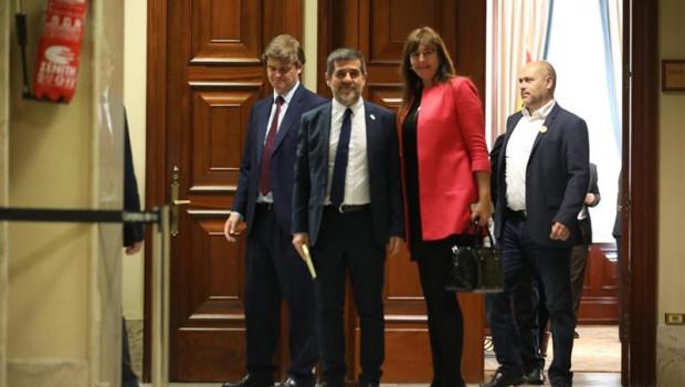 ep el diputado de jxcat suspendido en el congreso jordi snchez sale del congreso de los diputados
