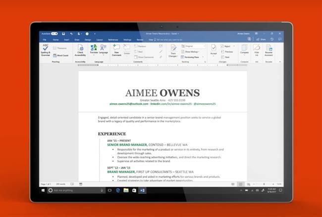Microsoft Word incorpora una función para elaborar currículums desde LinkedIn basándose en la inteligencia artificial