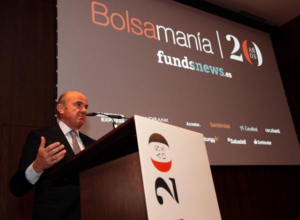 """Guindos, en la fiesta de Bolsamanía: """"La política monetaria no es todopoderosa, necesitamos que otros actúen"""""""