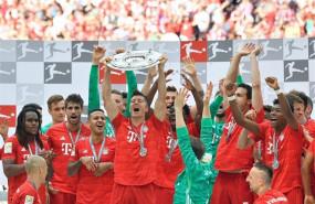 ep los futbolistasbayernmunich celebrantitulocampeonla bundesliga