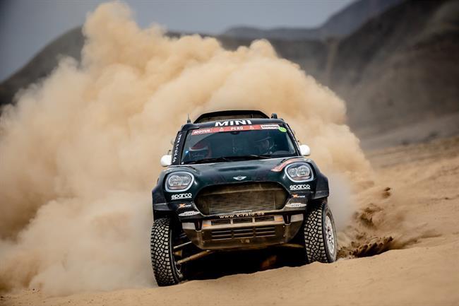 Expulsan a un piloto del Dakar por atropellar a un espectador y no socorrerle