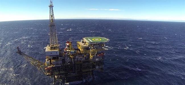 ep plataforma petrolifera casablanca de repsol a tarragona