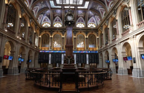 ep interior del palacio de la bolsa ibex 35 de la bolsa de madrid