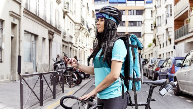 deliveroo courier gig economy