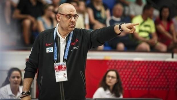 ep seleccionador espanolbaloncesto femenino lucas mondelo