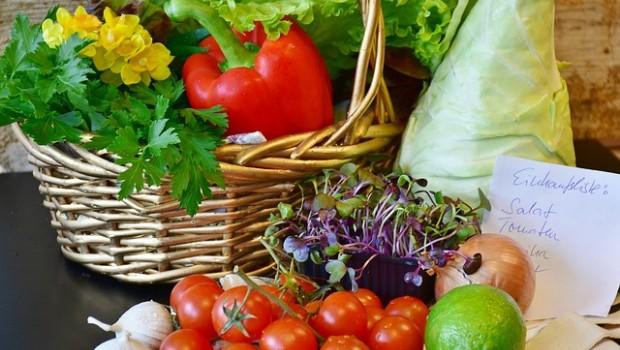 vegetables-2268682 640