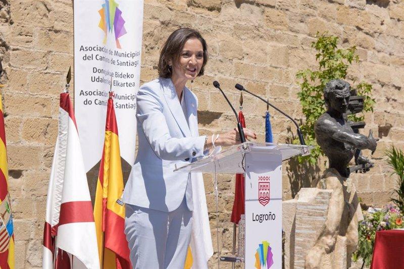 https://img5.s3wfg.com/web/img/images_uploaded/f/a/ep_la_ministra_reyes_maroto_en_logrono.jpg